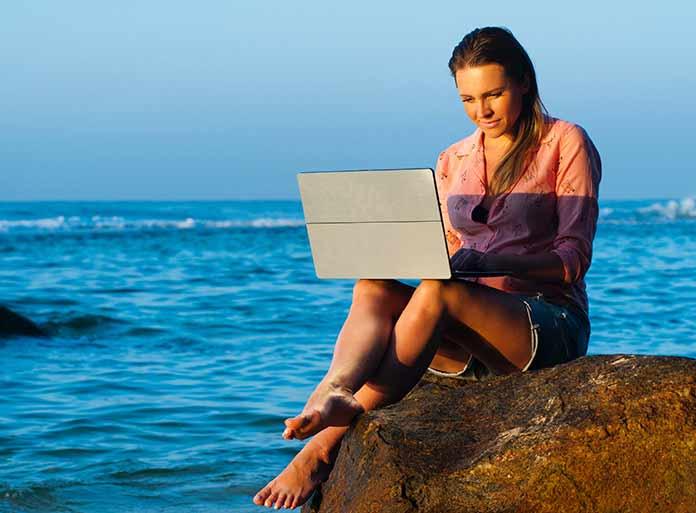 importancia de una laptop para un nómada digital
